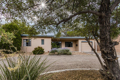 Albuquerque Single Family Home For Sale: 1709 Valencia Drive