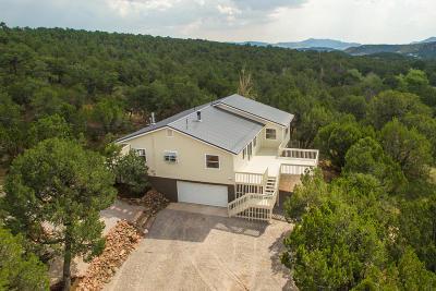 Single Family Home For Sale: 13 Hobart Lane
