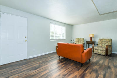 Albuquerque Single Family Home For Sale: 3321 Cuervo Drive NE