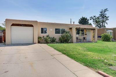 Albuquerque Single Family Home For Sale: 1618 Vermont Street NE