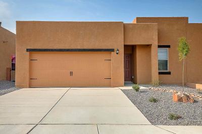 Albuquerque Attached For Sale: 9832 Sacate Blanco Avenue SW