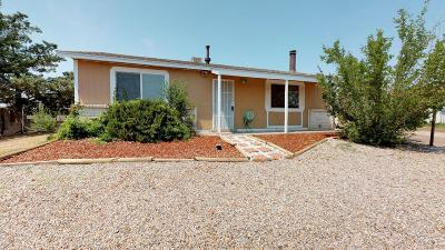 Rio Rancho Single Family Home For Sale: 822 Archibeque Avenue SE