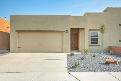 Albuquerque Attached For Sale: 9908 Sacate Blanco Avenue SW