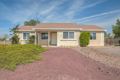 Rio Rancho Single Family Home For Sale: 552 Orange Drive SE