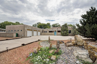 Albuquerque Single Family Home For Sale: 1708 Rusty Road NW