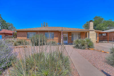 Albuquerque Single Family Home For Sale: 7911 Indian School Road NE