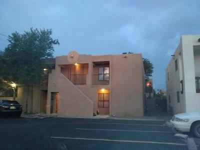Albuquerque NM Multi Family Home For Sale: $250,000