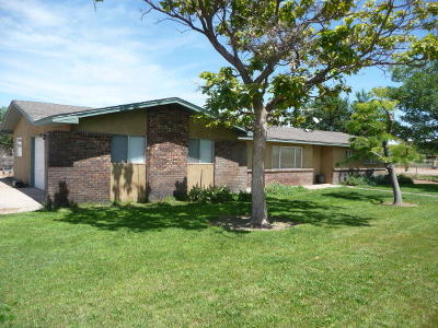 Valencia County Single Family Home For Sale: 24 Goodhart Road