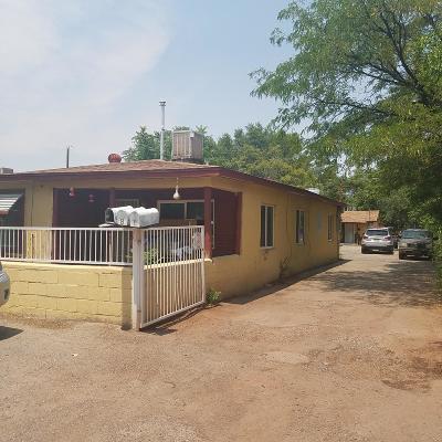 Albuquerque NM Single Family Home For Sale: $124,999
