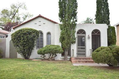Single Family Home For Sale: 707 Ridgecrest Drive SE