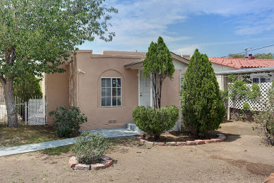 Albuquerque Single Family Home For Sale: 2705 1st Street NW