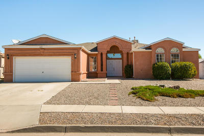 Albuquerque, Rio Rancho Single Family Home For Sale: 6881 Augusta Hills Drive NE