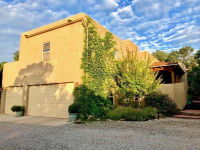 Cedar Crest Single Family Home For Sale: 13 Puesta Del Sol