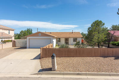 Rio Rancho Single Family Home For Sale: 3104 Jane Circle SE