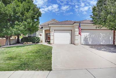 Single Family Home For Sale: 8819 Corona Avenue NE