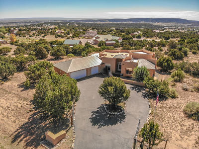 Tijeras Single Family Home For Sale: 36 Western Saddle Drive