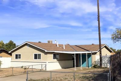 Single Family Home For Sale: 8225 Leo Place NE