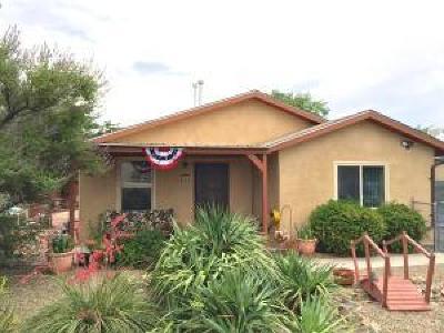 Albuquerque NM Single Family Home For Sale: $143,000