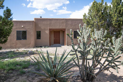Tijeras Single Family Home For Sale: 116 Five Hills Drive