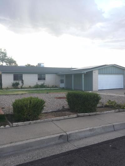 Single Family Home For Sale: 6316 Avenida La Costa Avenue NE