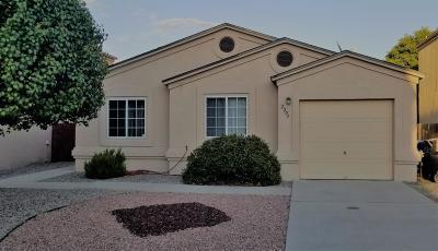 Albuquerque Single Family Home For Sale: 2204 Sea Breeze Street NW