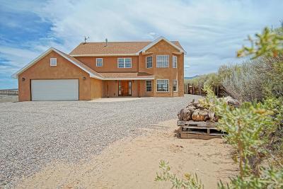 Albuquerque, Rio Rancho Single Family Home For Sale: 1700 Aragon Court NE