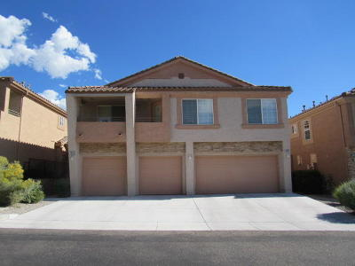 Albuquerque Attached For Sale: 10932 Hanalei Avenue NE