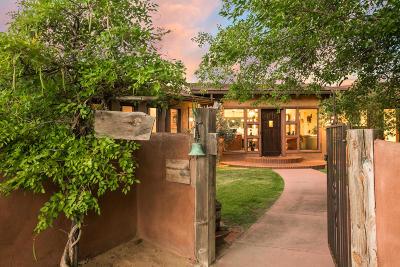 Albuquerque Single Family Home For Sale: 2472 Tapia Boulevard