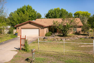 Valencia County Single Family Home For Sale: 970 Konkol Farm Road