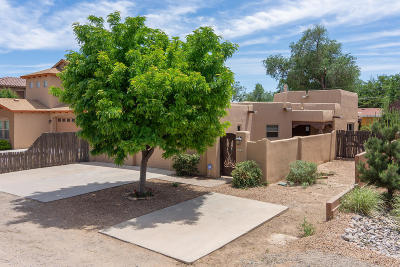 Los Ranchos Single Family Home For Sale: 216 Nico Trail NW