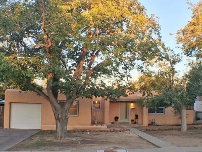 Single Family Home For Sale: 1760 Richmond Drive NE