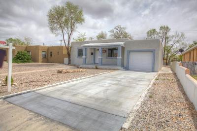 Single Family Home For Sale: 4708 Crest Avenue SE