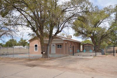Albuquerque NM Single Family Home For Sale: $159,400