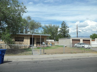 Albuquerque NM Multi Family Home For Sale: $140,000