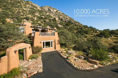 Albuquerque Single Family Home For Sale: 10 La Luz Trail NE