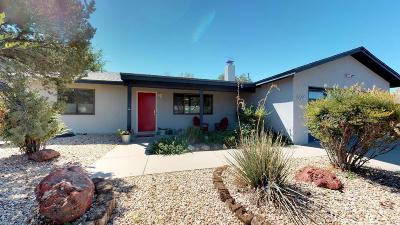 Albuquerque Single Family Home For Sale: 8124 Loma Del Norte Road NE
