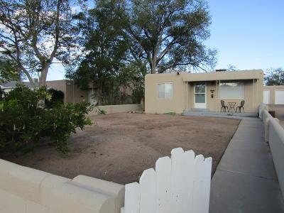 Albuquerque Single Family Home For Sale: 616 Valencia Drive SE
