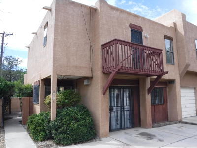 Albuquerque Attached For Sale: 3701 Cuervo Court NW