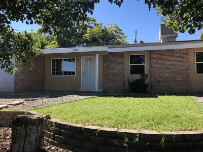 Albuquerque NM Single Family Home For Sale: $139,000
