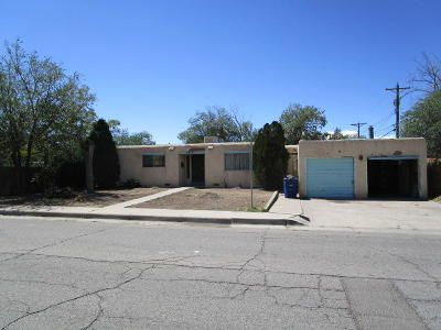 Albuquerque NM Single Family Home For Sale: $60,000