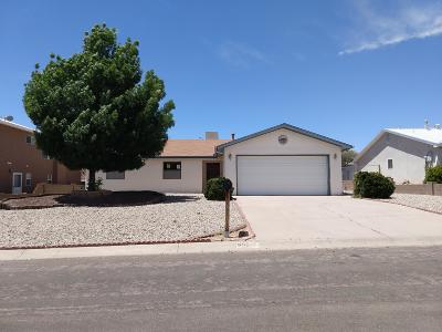 Rio Rancho Single Family Home For Sale: 657 Chaps Road SE