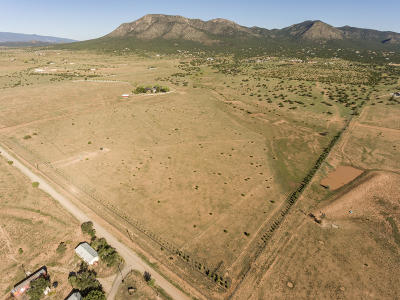 Santa Fe County Farm & Ranch For Sale: 39 Moonbeam Ranch Road