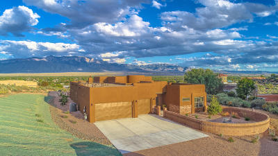 Corrales Single Family Home For Sale: 713 Camino Arco Iris