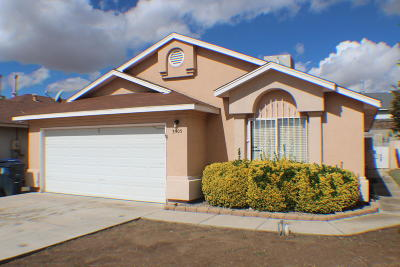 Albuquerque NM Single Family Home For Sale: $160,000