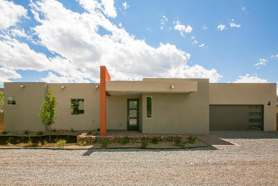 Albuquerque Single Family Home For Sale: 5102 Guadalupe Trail NW