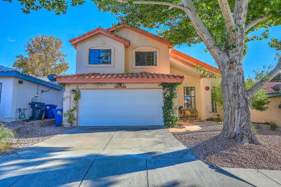 Single Family Home For Sale: 8112 William Moyers Avenue NE