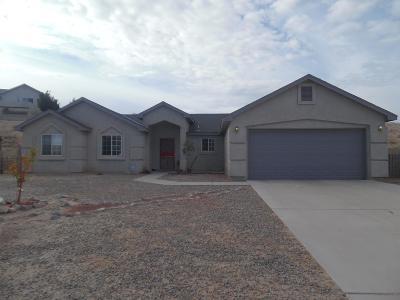 Valencia County Single Family Home For Sale: 6 Parador Court