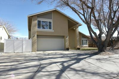 Single Family Home For Sale: 7712 Callow Street NE