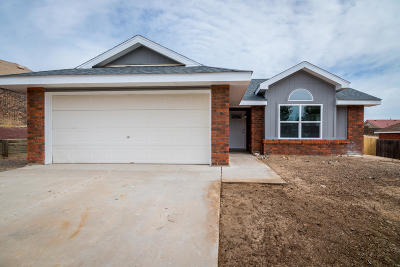 Valencia County Single Family Home For Sale: 16 Poplar Place