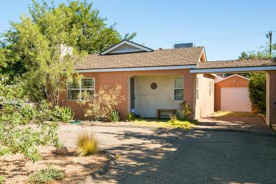 Albuquerque Single Family Home For Sale: 1600 Ridgecrest Drive SE